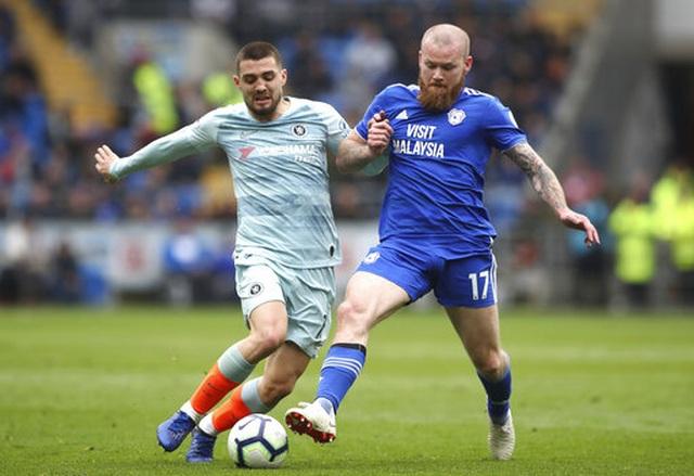 """Cardiff 1-2 Chelsea: Thắng trận nhờ """"bàn thắng ma"""" - 6"""