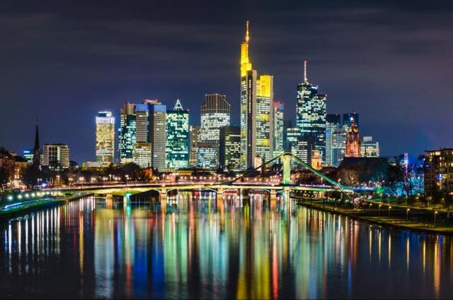 Những thành phố đẹp nhất khi khám phá về đêm - 19