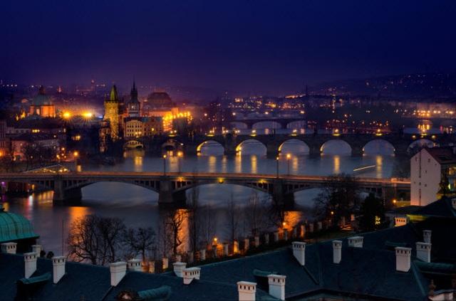 Những thành phố đẹp nhất khi khám phá về đêm - 20