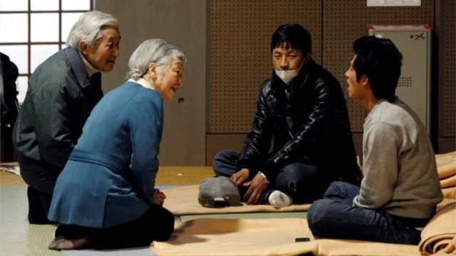 Những lần đi ngược chuẩn mực truyền thống của Nhật Hoàng Akihito - 3