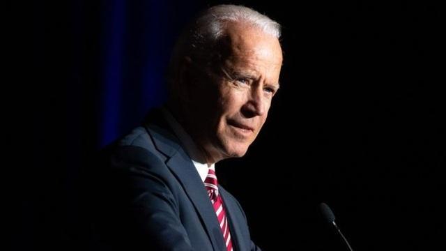 Cựu Phó tổng thống Mỹ Joe Biden bị cáo buộc đụng chạm không đúng mực với phụ nữ - 2