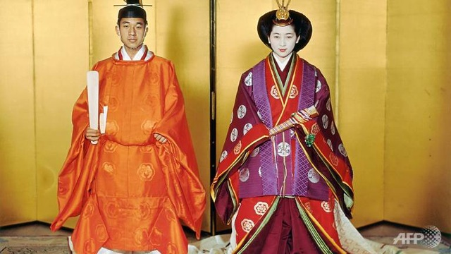 Những lần đi ngược chuẩn mực truyền thống của Nhật Hoàng Akihito - 2