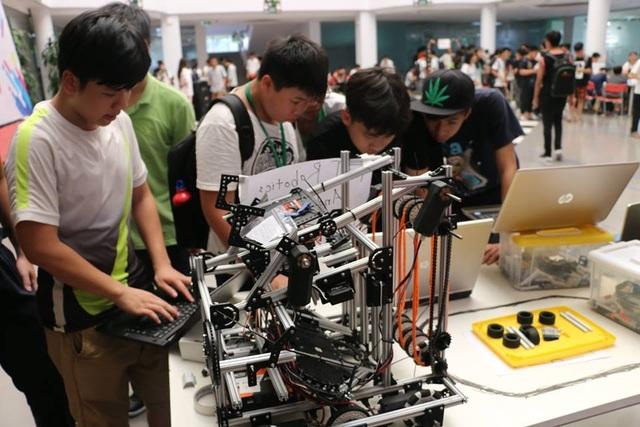 Ngày hội Khoa học công nghệ STEM Day dành cho học sinh Hà Nội - 1