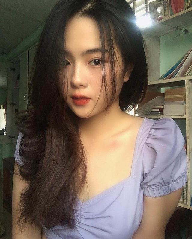 Nữ sinh xứ Huế với góc nghiêng đẹp xuất thần xao xuyến bao trái tim - 3