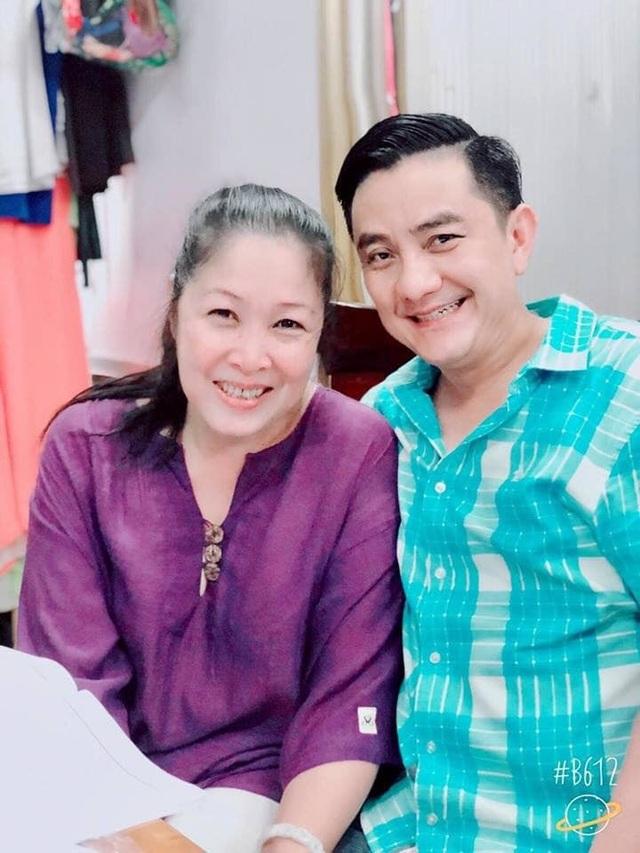 NSND Hồng Vân, MC Thảo Vân kêu gọi quyên góp đưa Anh Vũ về Việt Nam - 1