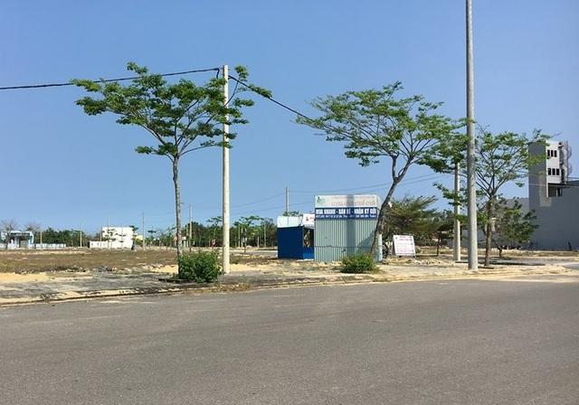 Sau Đà Nẵng, đến lượt Quảng Nam tháo dỡ ki-ốt kinh doanh bất động sản trái phép - 1