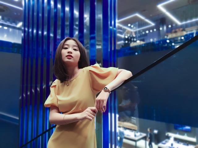 """Check-in """"bức tường xanh"""" sang chảnh bậc nhất Sài Gòn - 2"""