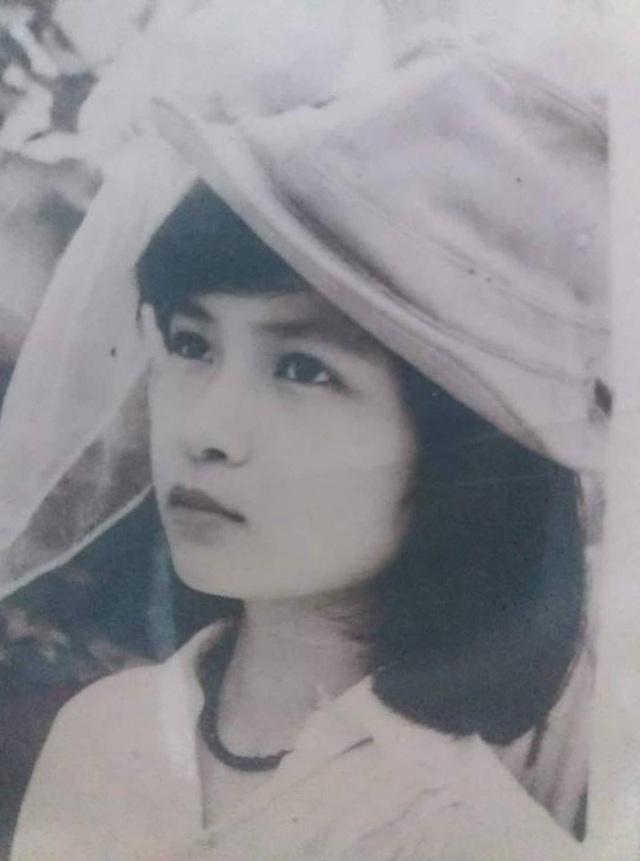 Giới trẻ rộ trào lưu khoe ảnh mẹ ngày xưa, mộc mạc mà xinh đẹp - 7