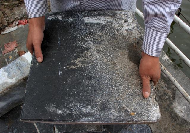 Hình ảnh các vỉa hè Hà Nội được thay mới bằng gạch vân đá - 6