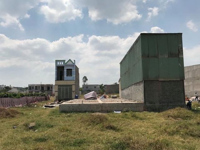 Xây nhà không phép trên đất nông nghiệp: Xem xét xử lý hình sự - 3