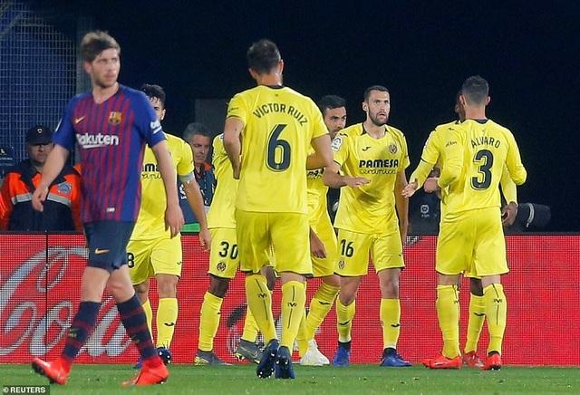 Villarreal 4-4 Barcelona: Messi, Suarez ghi bàn ở phút bù giờ - 7