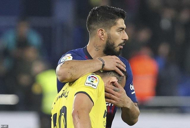Villarreal 4-4 Barcelona: Messi, Suarez ghi bàn ở phút bù giờ - 9