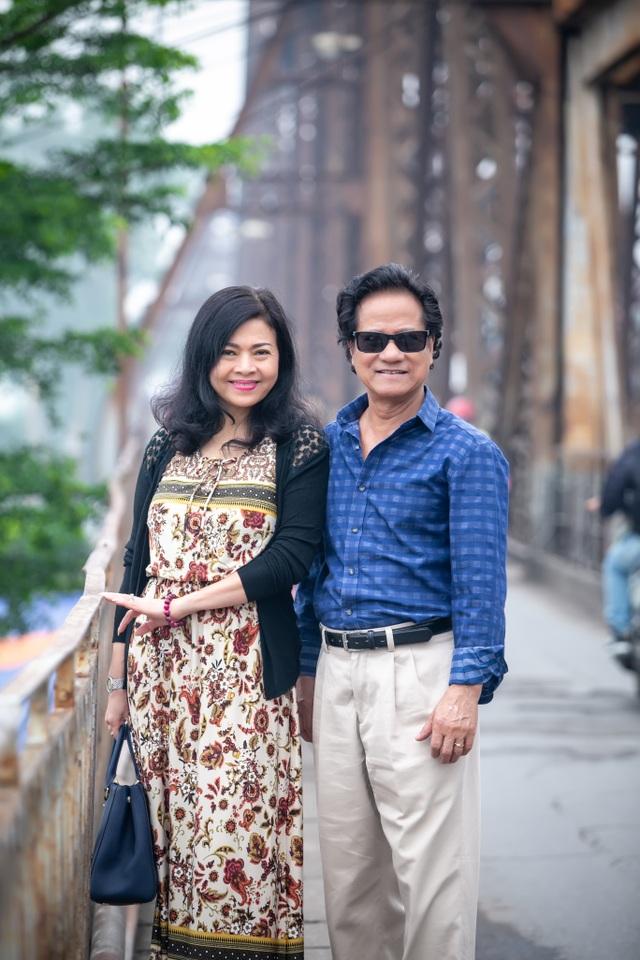 """Chế Linh tiết lộ về người phụ nữ quyền lực """"giữ chân"""" ông gần 50 năm qua - 3"""