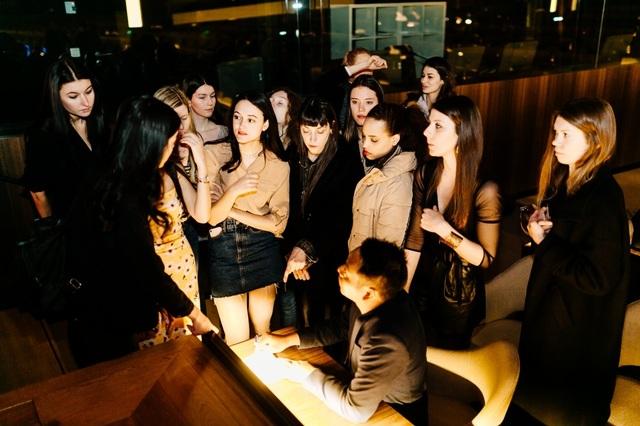 Chuyện xúc động về người mẫu gốc Việt tại Paris qua lời kể đạo diễn Quang Tú - 3