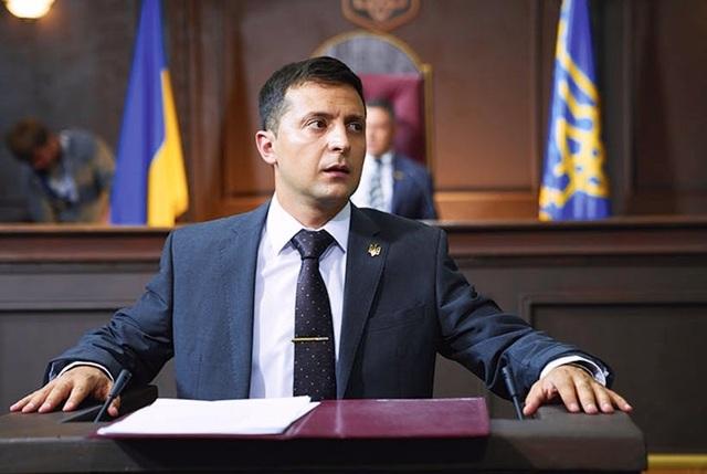 Ứng viên tổng thống Ukraine bị dọa tống giam vì nói tiếng Nga - 1