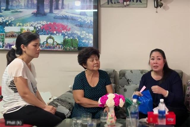 NSND Hồng Vân, Minh Nhí trao tiền ủng hộ tới gia đình nghệ sĩ Anh Vũ - 2
