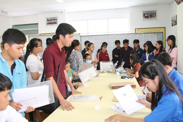 Trường ĐH Trà Vinh dành nhiều ưu tiên cho sinh viên nữ và ngành Sư phạm - 1