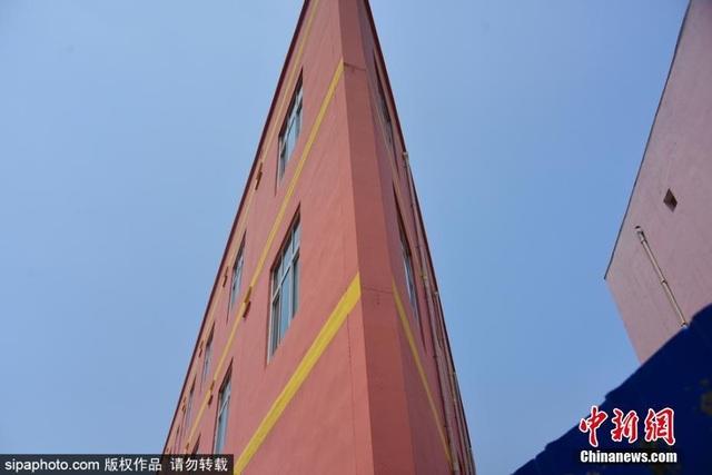 Lộ diện toà nhà mỏng như tờ giấy, chỗ hẹp nhất chỉ 20cm - 6
