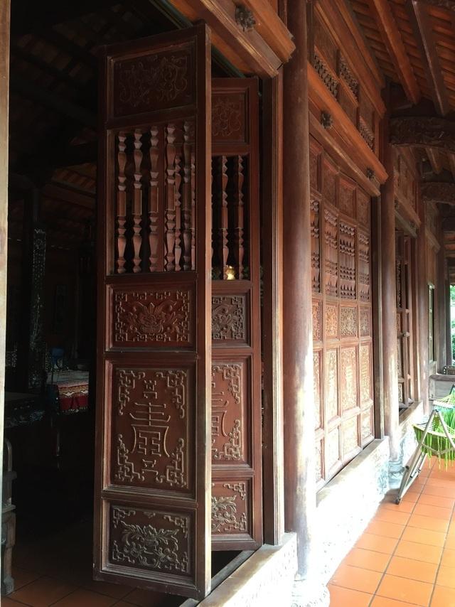 Trầm trồ nhà gỗ bạc tỷ từng bậc nhất miền Bắc - 11