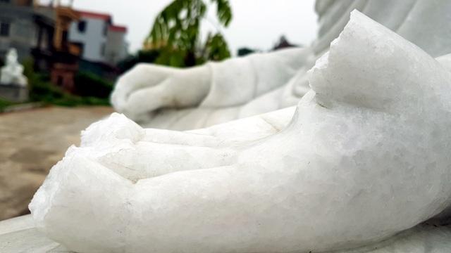 Cận cảnh những pho tượng La Hán trong chùa bị kẻ xấu đập phá - 8