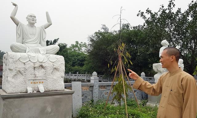 Hà Nội: Hơn chục pho tượng La Hán bị đập phá trong vườn chùa - 2