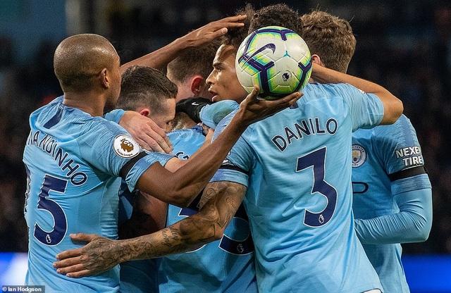 De Bruyne, Sane tỏa sáng, Man City trở lại ngôi đầu bảng - 2