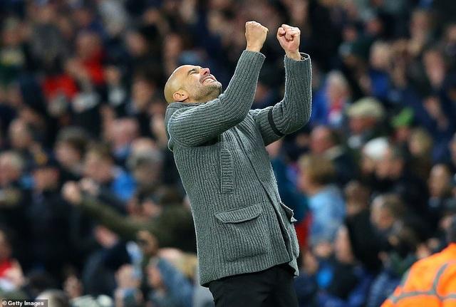 De Bruyne, Sane tỏa sáng, Man City trở lại ngôi đầu bảng - 1