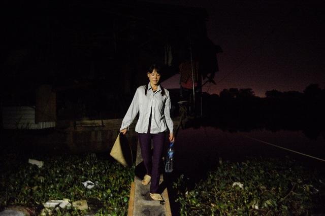 Cuộc sống trên thuyền của người lao động nhập cư tại Hà Nội - 8