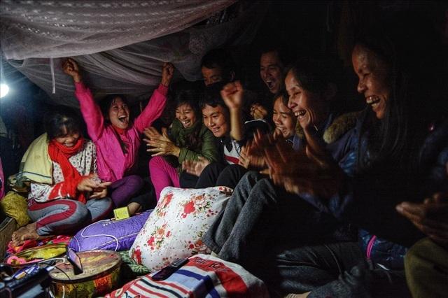 Cuộc sống trên thuyền của người lao động nhập cư tại Hà Nội - 16
