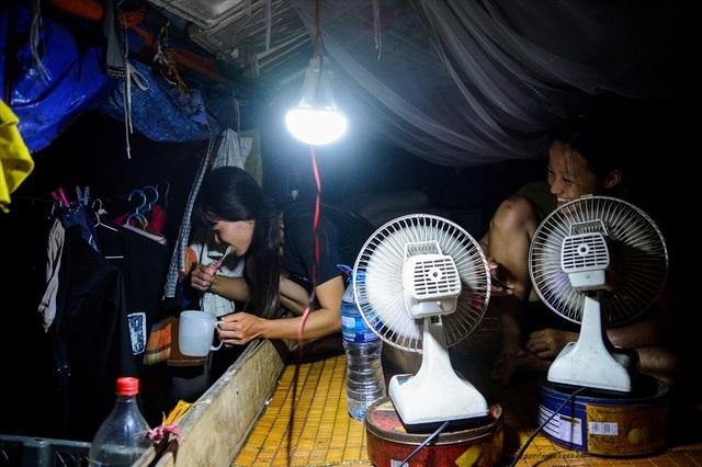 Cuộc sống trên thuyền của người lao động nhập cư tại Hà Nội - 6