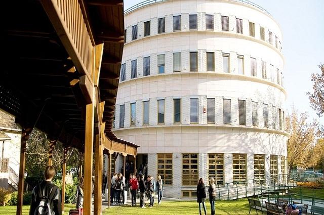 Budapest Metropolitan University – Điểm đến du học lý tưởng ở Châu Âu - 2