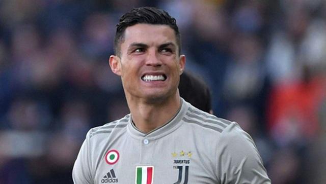 Nghỉ thi đấu do chấn thương, C.Ronaldo tranh thủ làm ông chủ bán bánh - 3