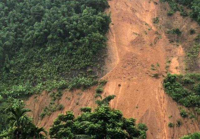 Động đất 3,8 độ richter, nhà cửa rung lắc kèm nhiều tiếng nổ trong lòng đất - 2