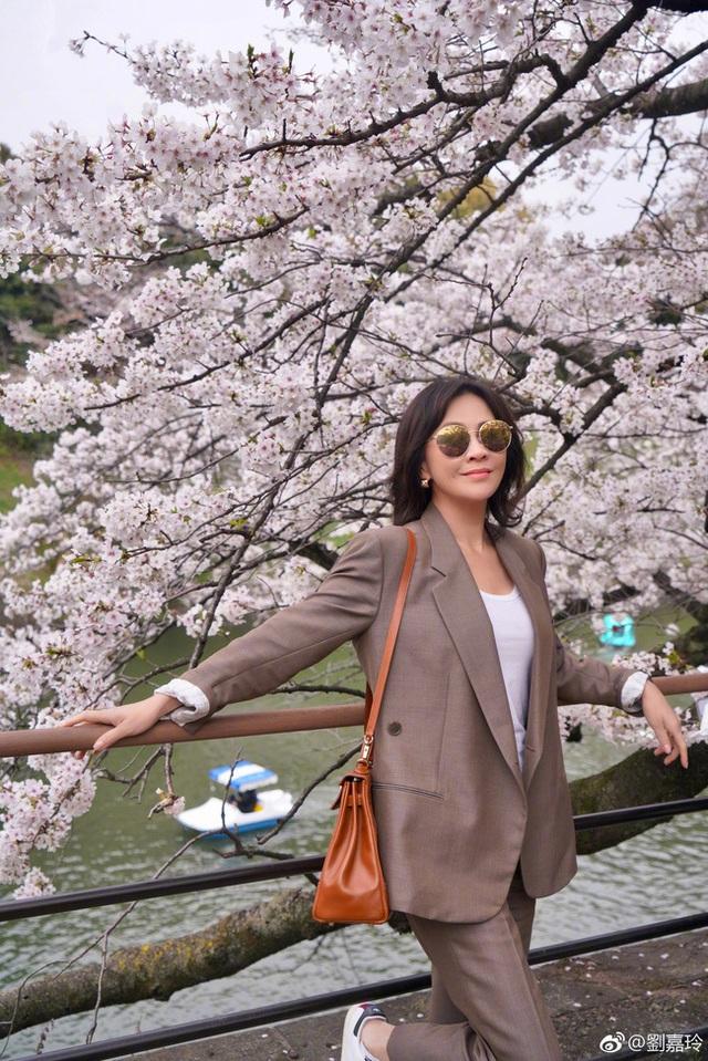 Lưu Gia Linh và Lương Triều Vỹ khoe ảnh đi du lịch - 3