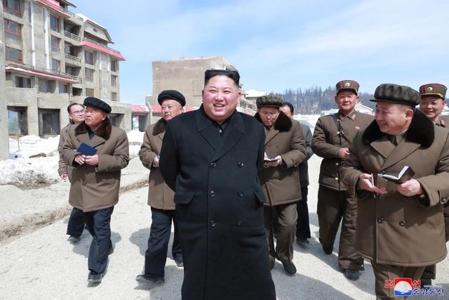 Ông Kim Jong-un có thể sắp ra tuyên bố quan trọng sau chuyến thăm vùng đất thiêng - 1