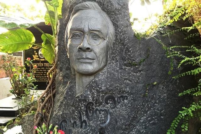 Lí do gia đình muốn di dời mộ phần nhạc sĩ Trịnh Công Sơn về Huế - 2