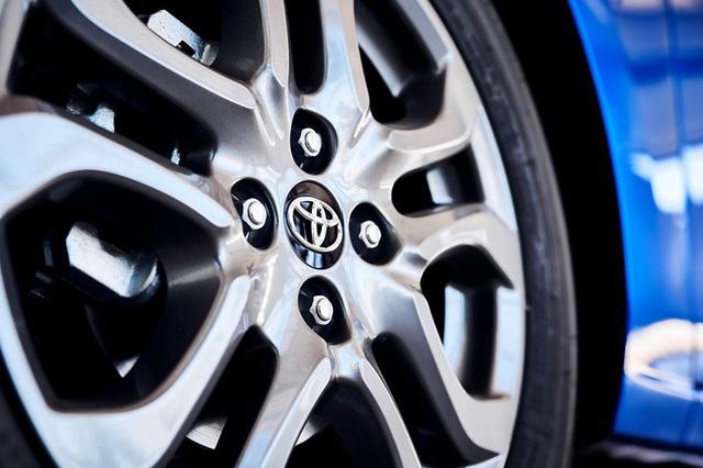 """Toyota """"mượn"""" Mazda2 cho Yaris tại thị trường Bắc Mỹ - 7"""