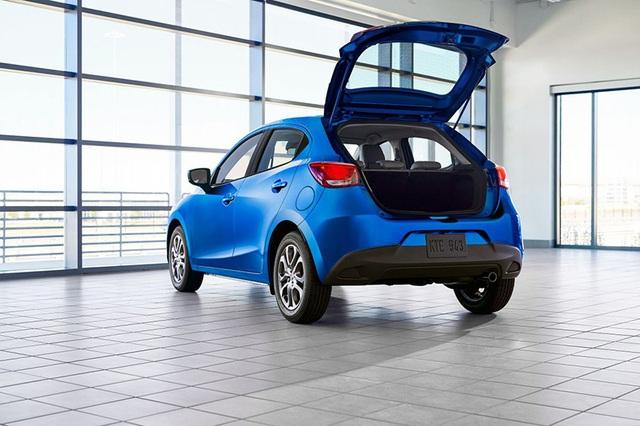 """Toyota """"mượn"""" Mazda2 cho Yaris tại thị trường Bắc Mỹ - 5"""