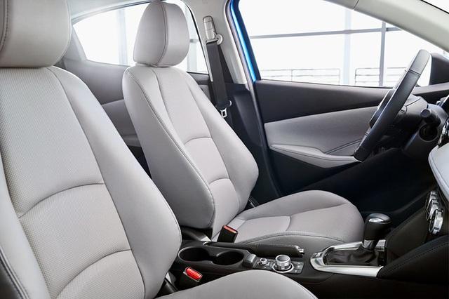 """Toyota """"mượn"""" Mazda2 cho Yaris tại thị trường Bắc Mỹ - 10"""