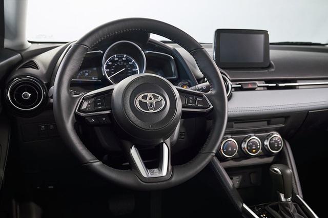"""Toyota """"mượn"""" Mazda2 cho Yaris tại thị trường Bắc Mỹ - 9"""