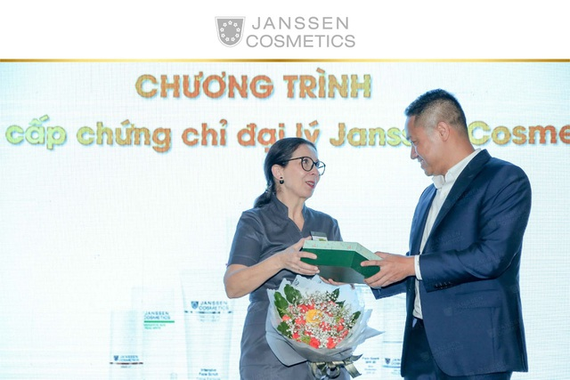 Janssen Cosmetics Day 2019 - Thành công đến từ sự hợp tác chân thành - 4