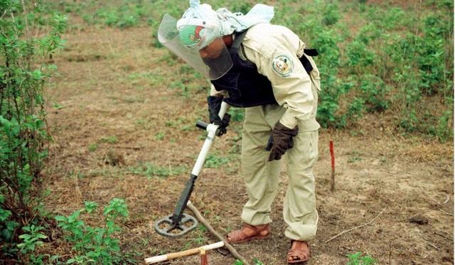 Mỹ hỗ trợ Việt Nam 15 triệu USD để rà phá bom mìn trong năm 2019 - 2