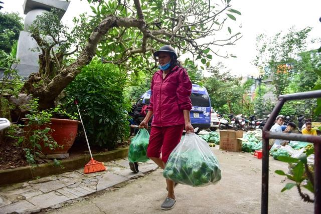Dân Thủ đô giải cứu quýt sạch cho nông dân Nghệ An - 11