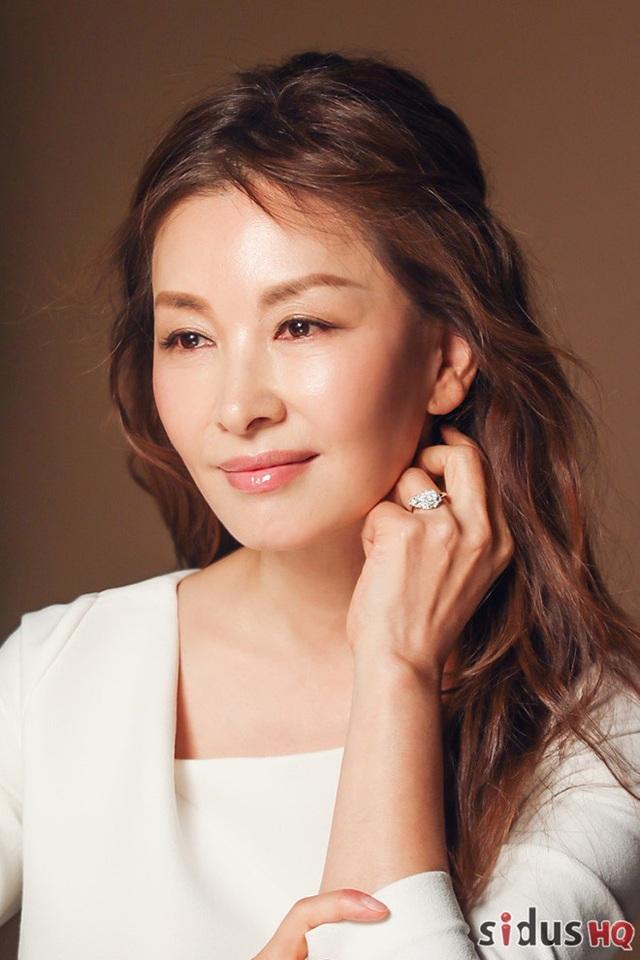 Ngôi sao kỳ cựu bị lôi vào vụ án Jang Ja Yeon tự nguyện trình báo cảnh sát - 2