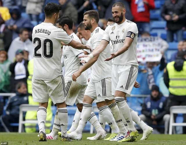 Benzema giúp Real Madrid thắng trận thứ ba thời HLV Zidane - 10