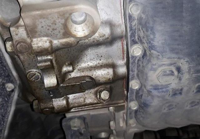 """Nissan X-Trail bị chảy dầu từ hộp số - """"Đúng chuẩn"""" hay có vấn đề? - 2"""