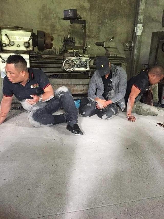 Bắt khẩn cấp con nợ đánh trọng thương 2 người từ TPHCM ra Quảng Ninh đòi nợ thuê - 1