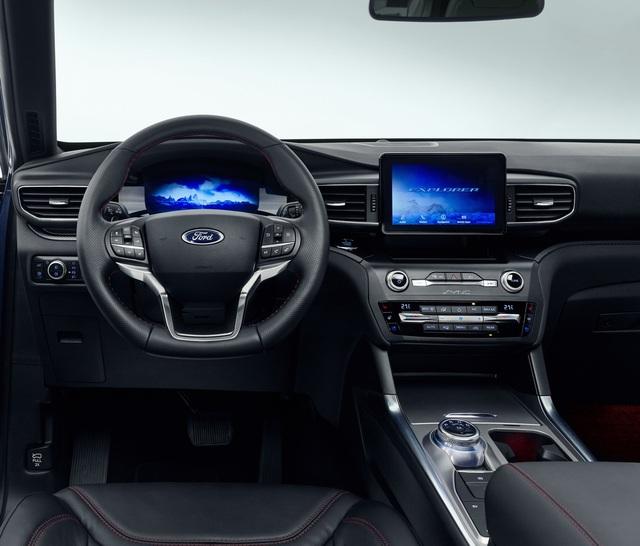 Ford giới thiệu Explorer phiên bản hybrid sạc điện - 6