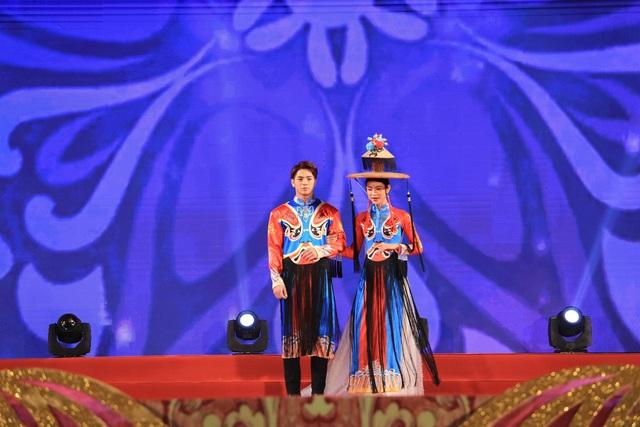 Hàng nghìn người tham dự khai mạc Festival Văn hóa truyền thống Việt 2019 - 6