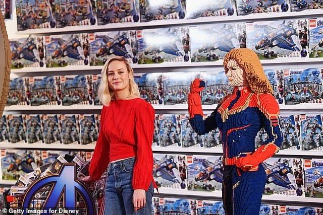 Dàn sao phim Biệt đội siêu anh hùng tái ngộ - 6